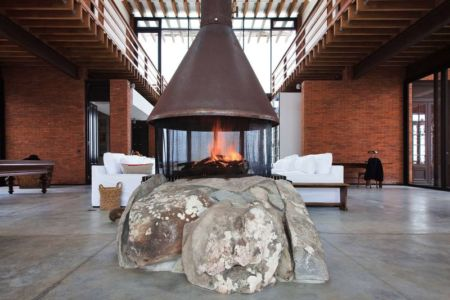 Cheminée Salon - Luna-Llena-House Par Candida Tabet - Punta Del Este, Uruguay
