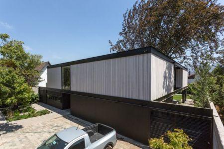 Clôture - House-LG10182 par Brugnoli Asociados Arquitectos - Santiago, Chili