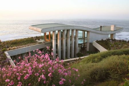Contemplative Sea Retreat par Raimundo Anguita - Chili
