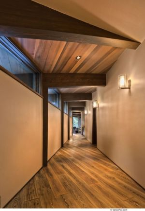 Couloir Accès Salon  - Valhalla Résidence par RKD Architects - Californie, USA