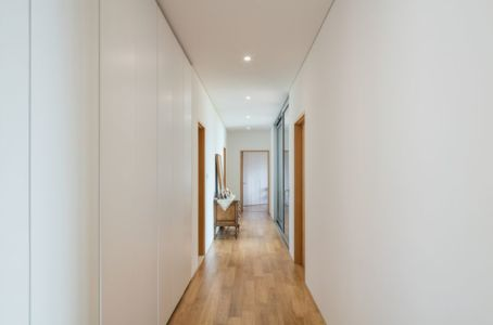 Couloir - House-Dongmang Par 2m2 Architects - Geoje, Coree Du Sud