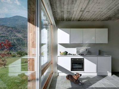 Cuisine & Grande Façade Vitrée - SV-House Par Rocco Borromini - Albosaggia, Italie