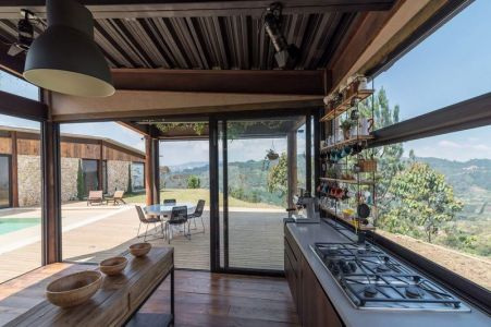 Cuisine Ouverte & Salon Terrasse Design - Gozu-House Par Opus - El Retiro, Colombie