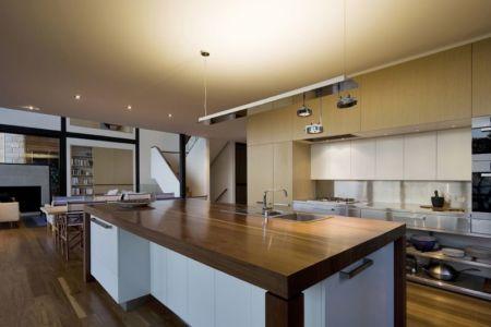 Cuisine & Salle Séjour - Surf-Road-House Par Nick Bell D-A - Whale Beach, Australie