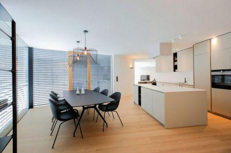 Cuisine & Salle Séjour - Maison En T Par SoNo Arhitekti - Slovénie