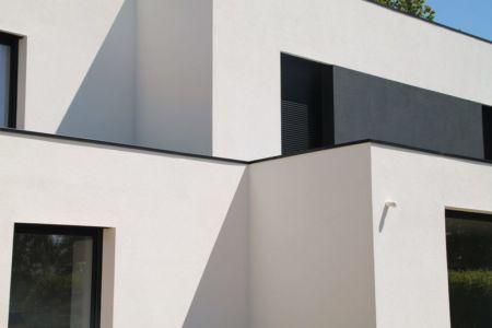 Droit - V&P - Maison contemporaine par Pascal Dupuis - France - Photo Jacky Abélard