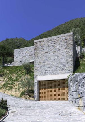 Entrée Garage - Building-Brione Par Meuron Romeo - Minusio, Suisse
