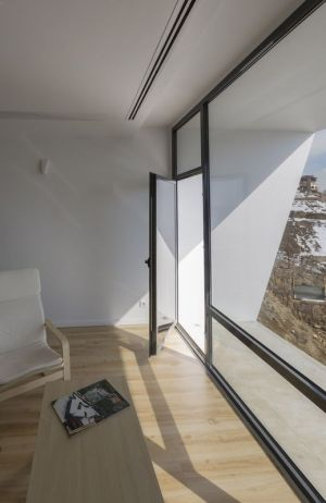 Entrée Grande Façade Vitrée - Mosha House Par New Wave-Architecture - Mosha, Iran