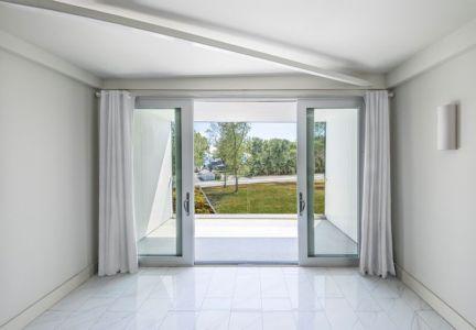 Entrée Portes Vitrées Coulissantes - Bower-House Par Kariouk Associates - Lac Erie, Canada