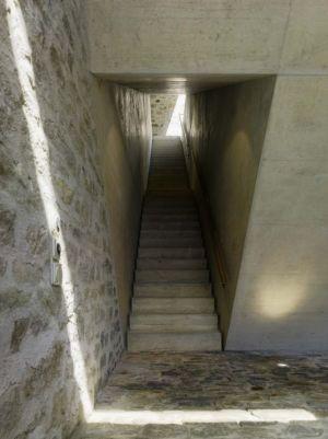 Esaclier Accès Niveau Supérieur - Building-Brione Par Meuron Romeo - Minusio, Suisse