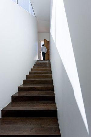 Escalier accès toit - house-chihuahua par Productora - Chihuahua, Mexique