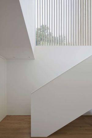 Escalier accès étage - Rock-House par Helena Weber - Vorarlberg, Autriche