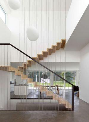 escalier en bois - during-tannay par Christian Von During Architects - Tannay, Suisse