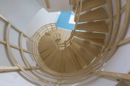 Escalier Bois En Spirale - Mosha House Par New Wave-Architecture - Mosha, Iran