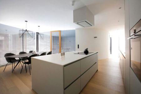 Espace Salle Séjour & Cuisine - Maison En T Par SoNo Arhitekti - Slovénie