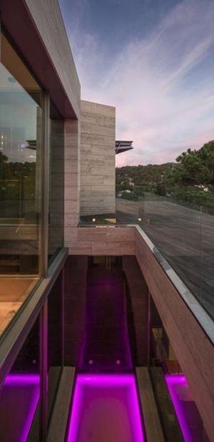Façade Arrière - Casa Llorell par dosarquitectes, Costa Brava, Espagne