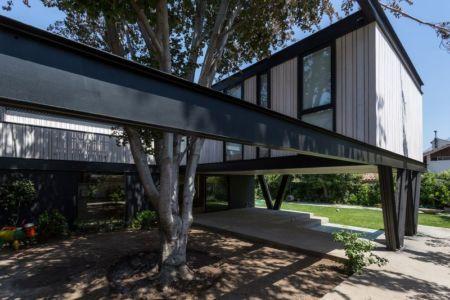 Façade jardin - House-LG10182 par Brugnoli Asociados Arquitectos - Santiago, Chili