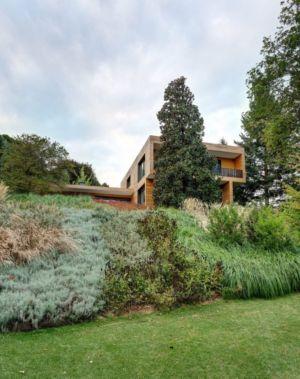 Façade jardin - Wood-House par Marco Carini - Como, Italie