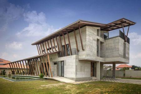 Façade jardin et piscine - Sepang-House par Eleena Jamil Architect - Sepang, Malaisie