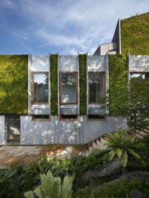 Façade végétalisée & ouvertures vitrées - Astrid-Hill-House par Tsao & McKown Architects - Singapour