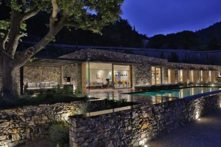 Façade En Pierres - Villa-N Par Giordano Hadamik Architects - Imperia, Italie