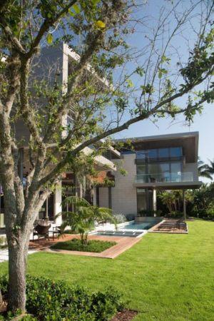 Façade Jardin - Ballantrae Court Par Kz Architecture - Floride, USA