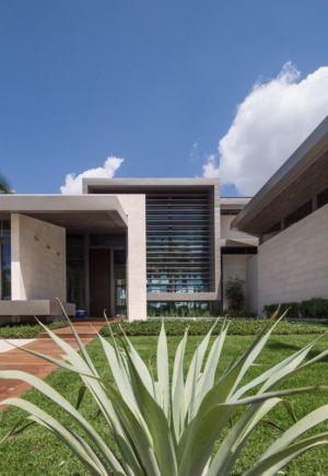 Façade Jardin & Entrée - Ballantrae Court Par Kz Architecture - Floride, USA