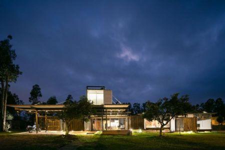 Façade Principale - RDP House Par Daniel Moreno Flores - Pichincha, Equateur