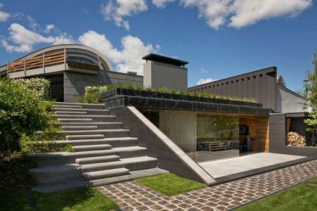 Façade Terrasse & Escalier Extérieur - House-Kharkov Par Sbm Studio - Kharkov, Ukraine