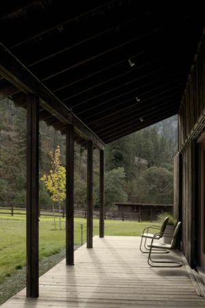 Façade Terrasse & Jardin - Rural-Barn Par MW Works - Leavenworth, USA