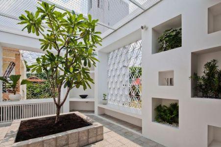 Façade Terrasse Plante - HEM-House Par Sanuki Daisuke - Ho Chi Minh, Vietnam