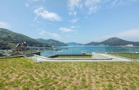 Façade Toiture Végétalisée - House-Dongmang Par 2m2 Architects - Geoje, Coree Du Sud