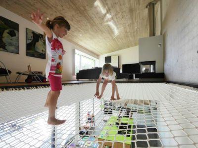 Filet jeu enfants - House-Wilhermsdorf par René Rissland - Wilhermsdorf, Allemagne
