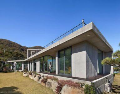 Grande Baie Vitrée Entrée - Y-House Par ON Architecture - Ulsan, Coree Du Sud