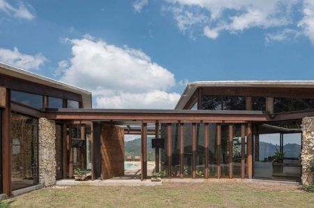 Grande Façade Vitrée - Gozu-House Par Opus - El Retiro, Colombie