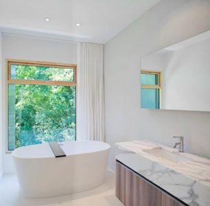 salle de bains - Heathdale Residence par TACT Design INC. - Toronto