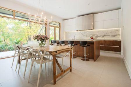cuisine et séjour - Heathdale Residence par TACT Design INC. - Toronto_14