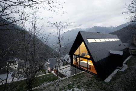 House at the Pyrenees par Cadaval & Solà-Morales - Aran Valley, Espagne