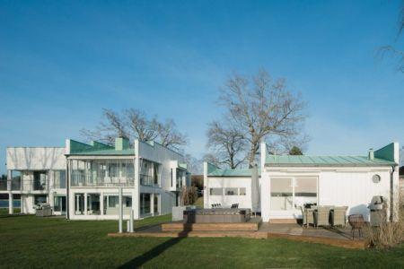 Jaccuzi - Maison contemporaine scandinave par Boris Culjat - Suède.jpg