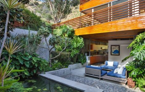 Jardin & Terrasse Salon Design - Wood-Clad-Home Par Space International - Los Angeles, Etats-Unis