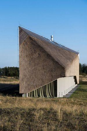 Longue Toiture Sinueuse - Dune-House Par Archispektras - Lettonie