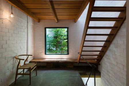escalier bois - Maison Saigon par a21studio - Vietnam
