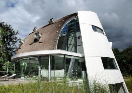 Maison contemporaine très atypique par Factor Architecten – Beekbergen – Pays Bas