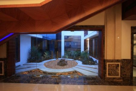 Mini Jardin Intérieur - Royal-Splendour-House Par Ansari And Associates - Ayyampet, Inde
