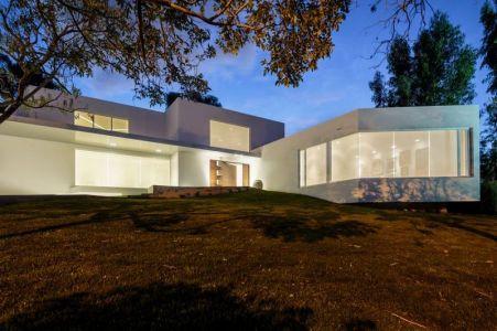 Ouvertures Vitrées - Maison Forme T Par Diego Guayasamin - Quito, Equateur