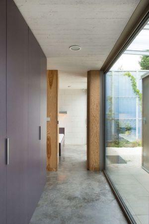 Penderie Chambre & Grande Baie Vitrée - House-in-House Par Plural - Bernolakovo, Slovaquie