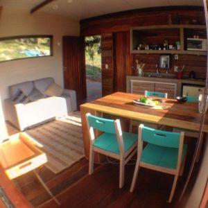 Pièce de vie - Small-House-Bliss par Cabana-Arquitetos - Brésil