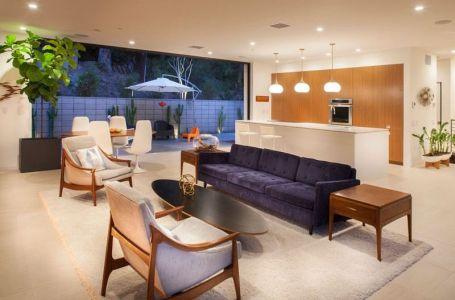 Pièce De Vie Ouverte Nuit - Mid-century-family-home Par Nakhshab - San Diego, USA