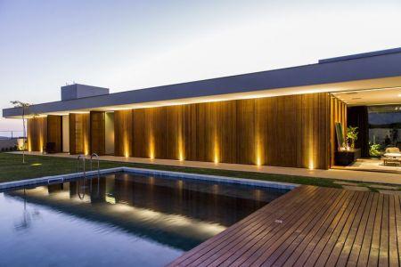 Picine - MCNY-House Par Mf Arquitetos - Franca, Bresil