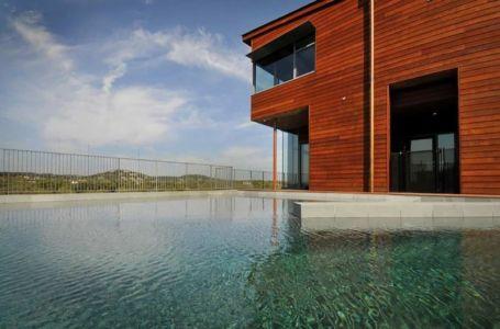 Piscine - maison en bois par andersson-wise, Mont Bonnel, USA.jpg